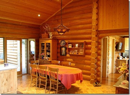 what s better log home or timber frame construction