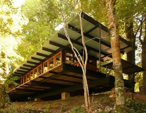 recycled-wood-cottage-chile