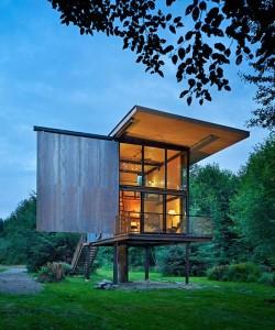 steel-cabin-design-in-the-woods-1-250x300