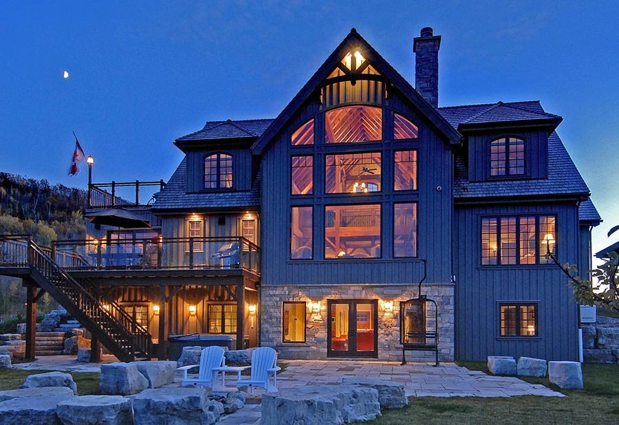 Timber Frame vs. Log Homes Construction