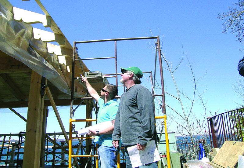 The Importance of Having an Onsite Craftsman when Building your Custom Timber Frame Home